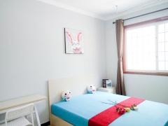 莱茵小城 4居室 B卧