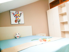 海滨广场 5居室 D卧