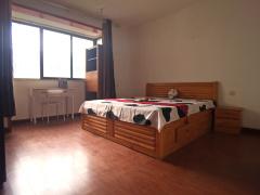 阳光公寓 28m² 南 合租